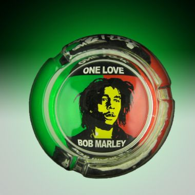 The Bob Marley Collection Glass Ashtrays - One Love